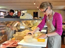 Couvreur, producteur de fromage de vache