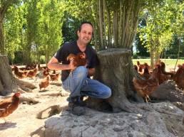 Etienne Larue et ses volailles
