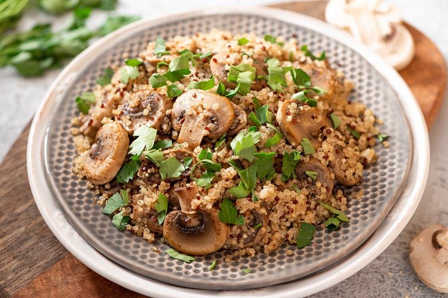 recette quinoa ail champignon poulet